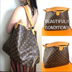 ✨AUTHENTIC✨slouchy HOBO Louis Vuitton bag